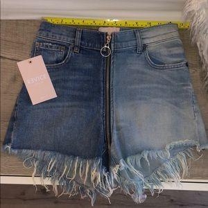 Revice Full Zipper Shorts